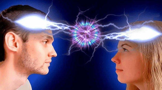 Можно ли приворожить женщину на расстоянии без магии?