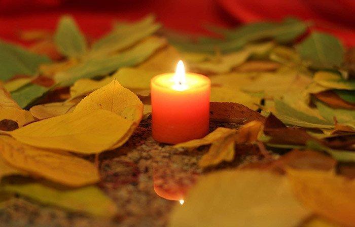 Заговор на могильную свечу