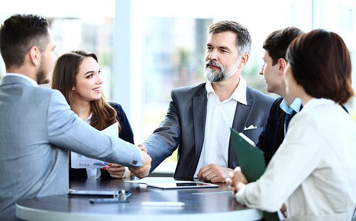 Заговор правды на деловой встрече