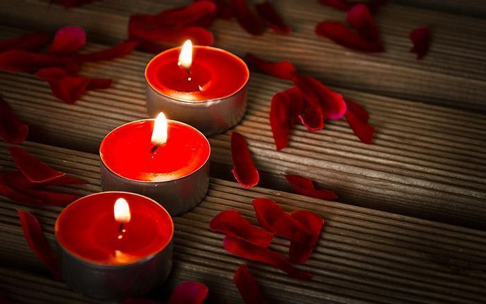 Белая магия на свечах