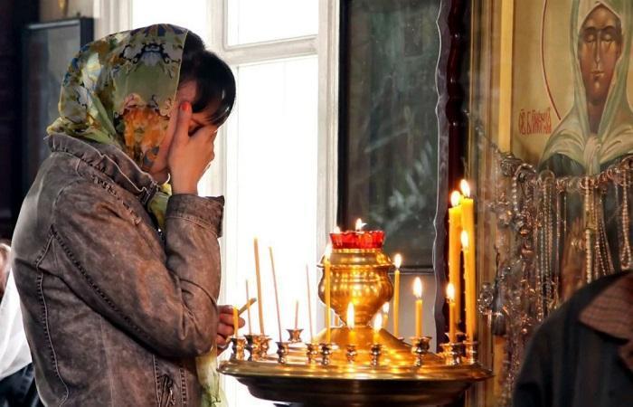 Молитва Матроне от приворота мужа