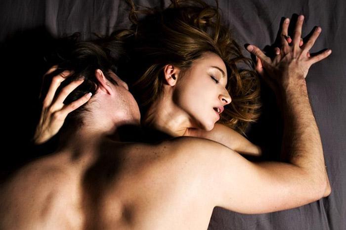 Заговор на вызов страсти у женщины