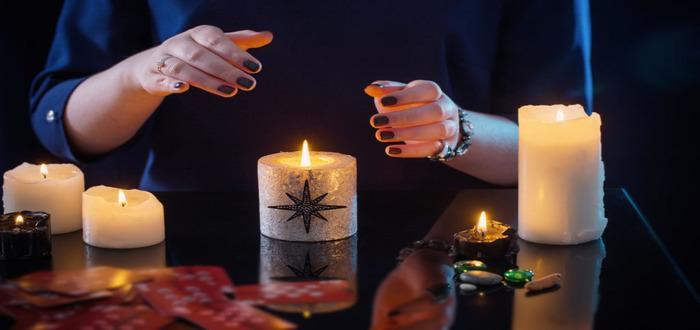 Приворот со свечей